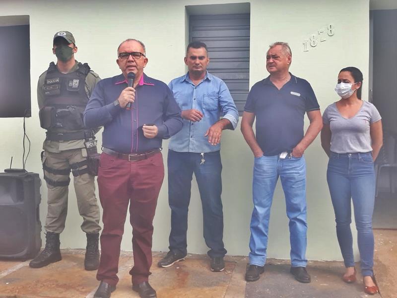 Milton Brandão: Prefeito Evangelista Resende, cria, equipa e entrega Secretaria Municipal de Segurança a população  - Imagem 3