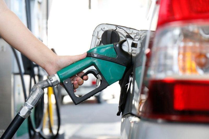 Governo aumenta imposto sobre banco para zerar tributo de diesel e gás