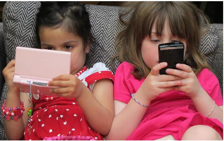 Filme aponta efeitos assustadores de TVs e celulares sobre as crianças - Imagem 1