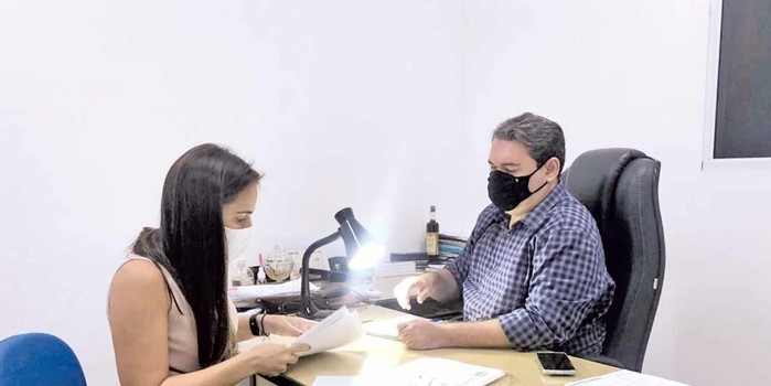 Vereadora Elzuila vai revitalizar lavanderia da Ladeira do Uruguai