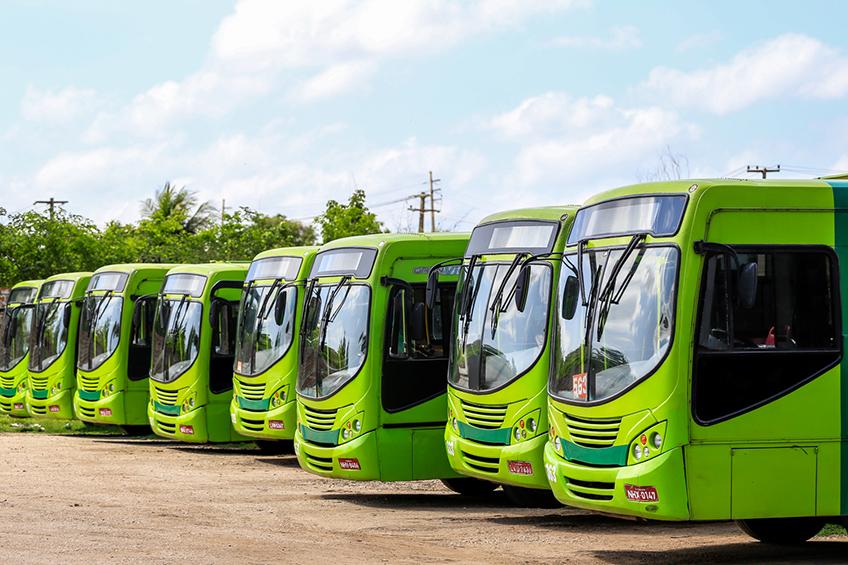 Pátio de empresa de ônibus na zona Norte da Capital- Foto: JMN
