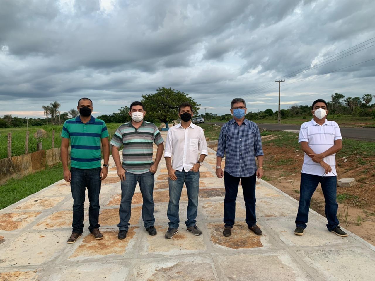 Prefeitura de Coivaras investe na construção de uma Pista de Cooper na entrada da cidade - Imagem 1