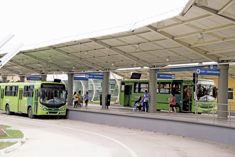 Número de passageiros no transporte municipal de Teresina caiu 6,238 milhões par 2,292 milhões em 1 década- Foto: Terminal na zona Norte de Teresina/Raisa Morais