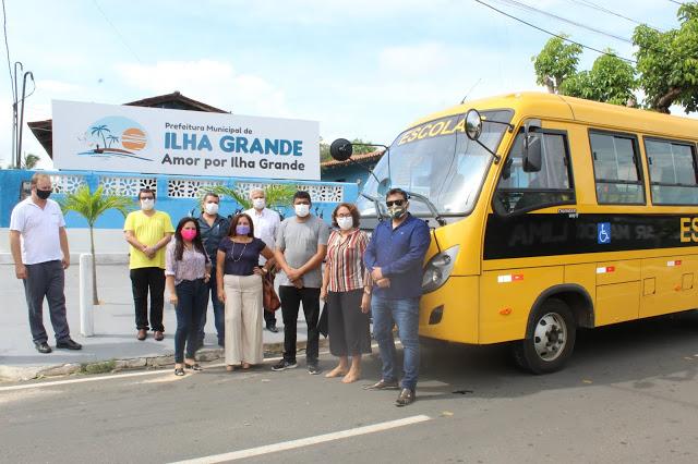 Ilha Grande do Piauí recebe ônibus escolar com recursos do FNDE