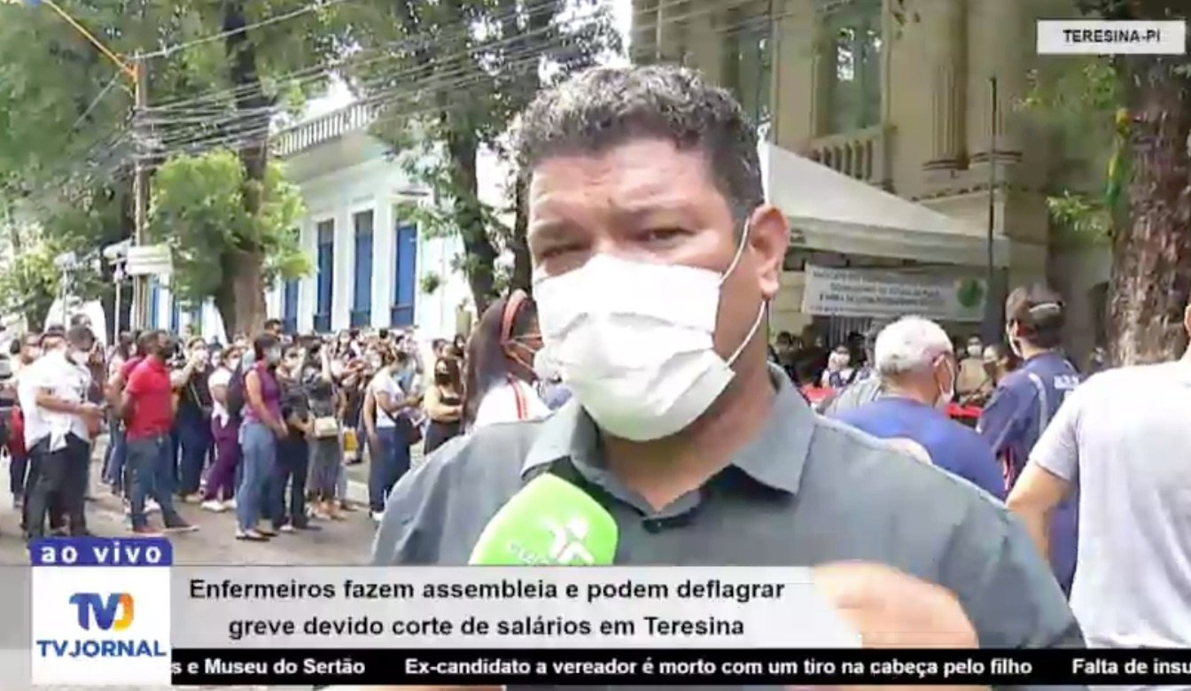 Enfermeiros fazem manifestação e podem deflagrar greve em Teresina - Imagem 1
