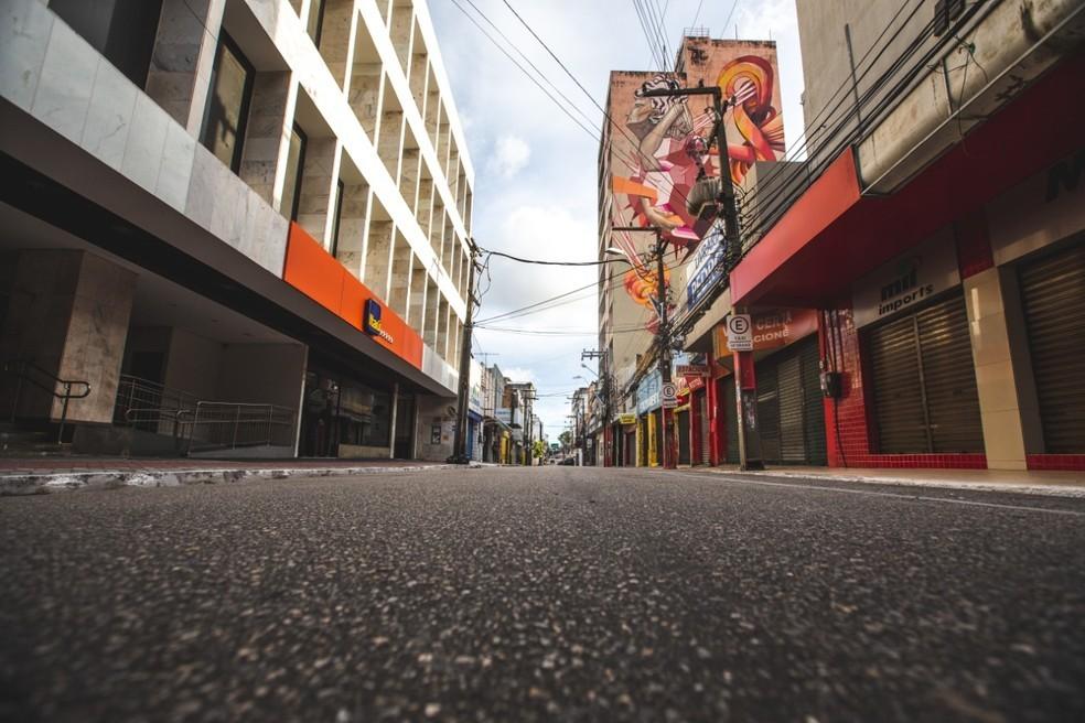 Fortaleza teve ruas vazias durante o auge do lockdown, em meados de fevereiro. — Foto: Thiago Gadelha/Sistema Verdes Mares