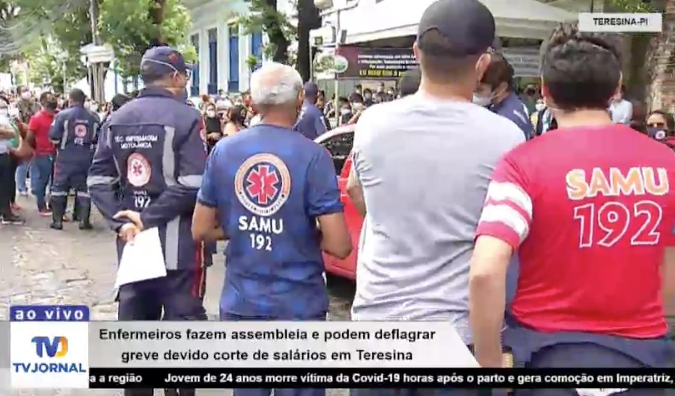 Enfermeiros fazem manifestação e podem deflagrar greve em Teresina - Imagem 2