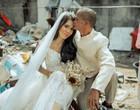 Casal de moradores de rua ganha cerimônia de casamento surpresa