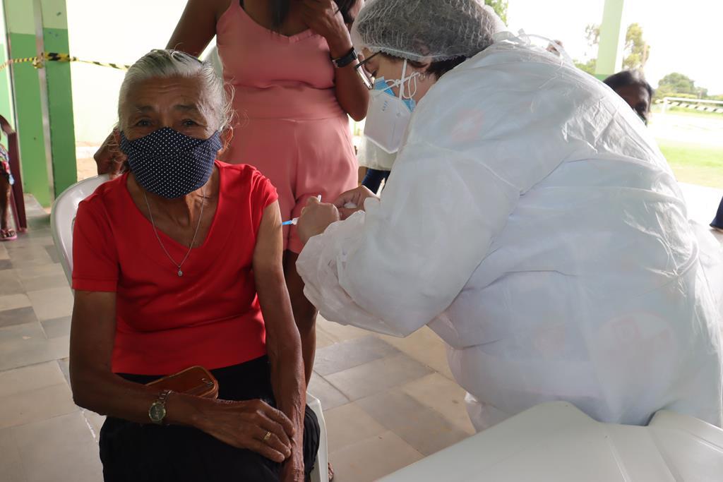 Valença do Piaui avança com vacinação de idosos entre 75 e 79 anos - Imagem 16