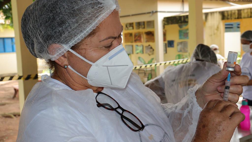 Valença do Piaui avança com vacinação de idosos entre 75 e 79 anos - Imagem 36