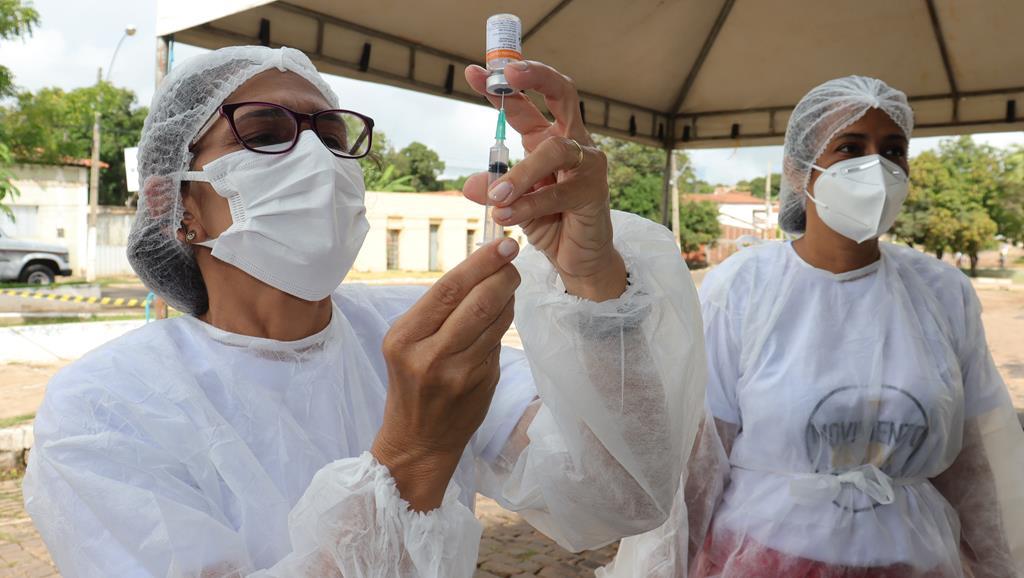 Valença do Piaui avança com vacinação de idosos entre 75 e 79 anos - Imagem 10