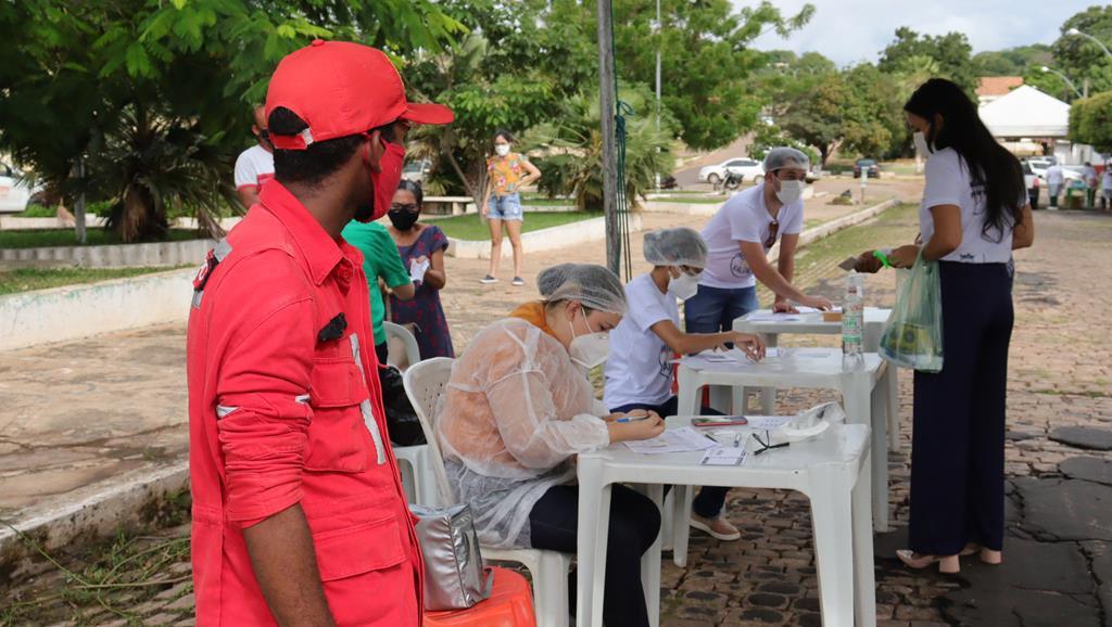 Valença do Piaui avança com vacinação de idosos entre 75 e 79 anos - Imagem 6