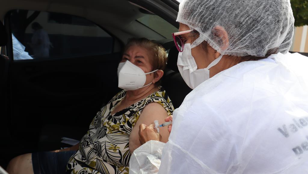 Valença do Piaui avança com vacinação de idosos entre 75 e 79 anos - Imagem 12