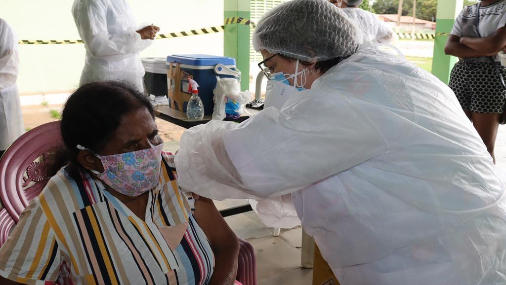 Valença do Piaui avança com vacinação de idosos entre 75 e 79 anos - Imagem 18