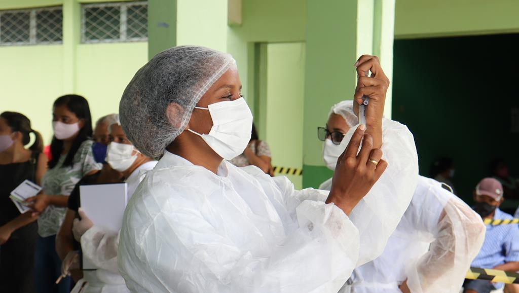 Valença do Piaui avança com vacinação de idosos entre 75 e 79 anos - Imagem 22