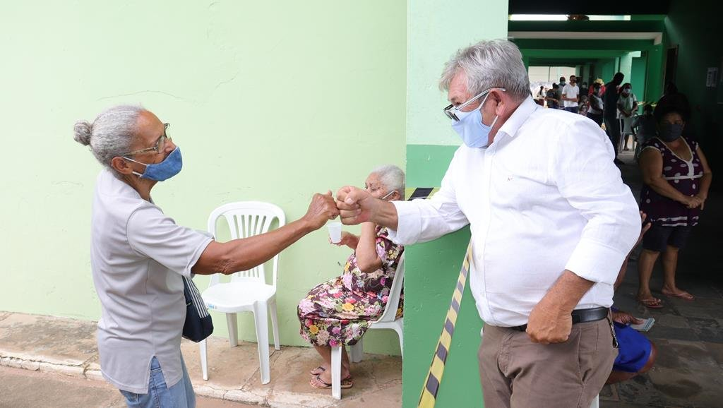 Valença do Piaui avança com vacinação de idosos entre 75 e 79 anos - Imagem 48