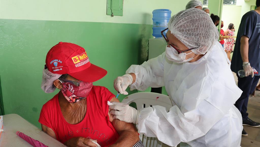 Valença do Piaui avança com vacinação de idosos entre 75 e 79 anos - Imagem 17
