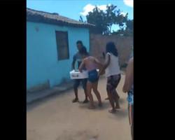 Família encerra velório de criança após pastor dizer que ela estava viva; vídeo