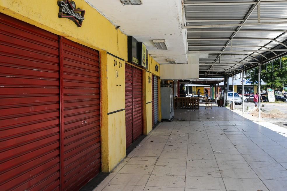 Serviços não essenciais estão fechados desde o dia 13 de março em todo Ceará