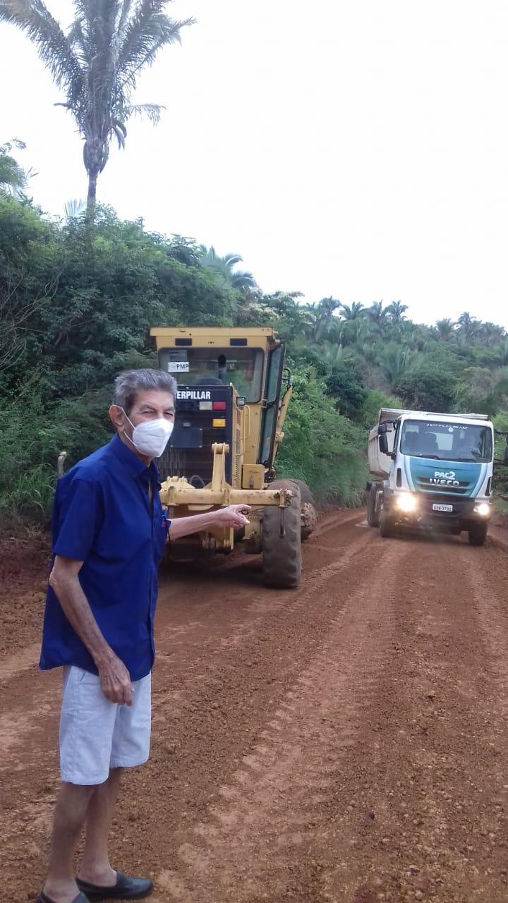 Obra de recuperação das estradas vicinais da zona rural de Barro Duro - Foto: Ascom