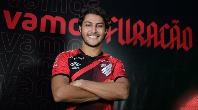 Athletico Paranaense anunciou Marcinho - Foto: Fabio Wosniak/Athletico