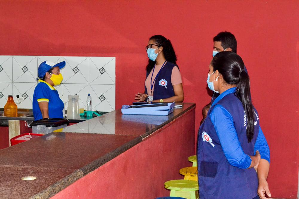 Vigilância Sanitária realiza Blitz Educativa - Imagem 12
