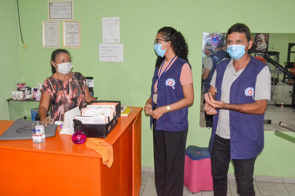 Vigilância Sanitária realiza Blitz Educativa - Imagem 13