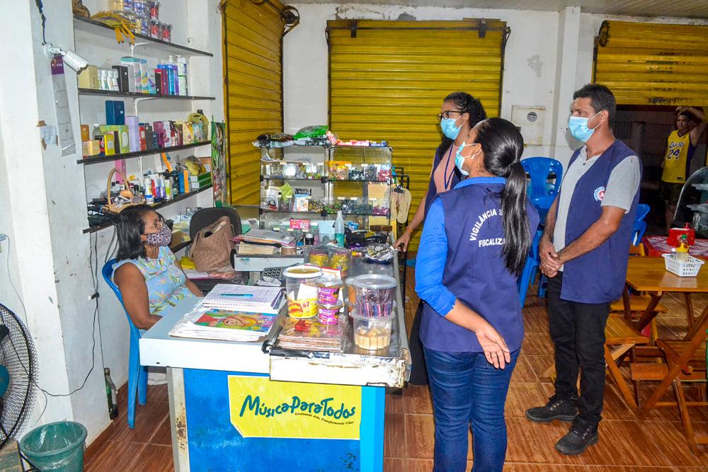 Vigilância Sanitária realiza Blitz Educativa - Imagem 6