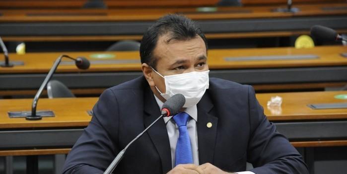 Fábio Abreu pede na Câmara que pessoal da Segurança receba vacina logo