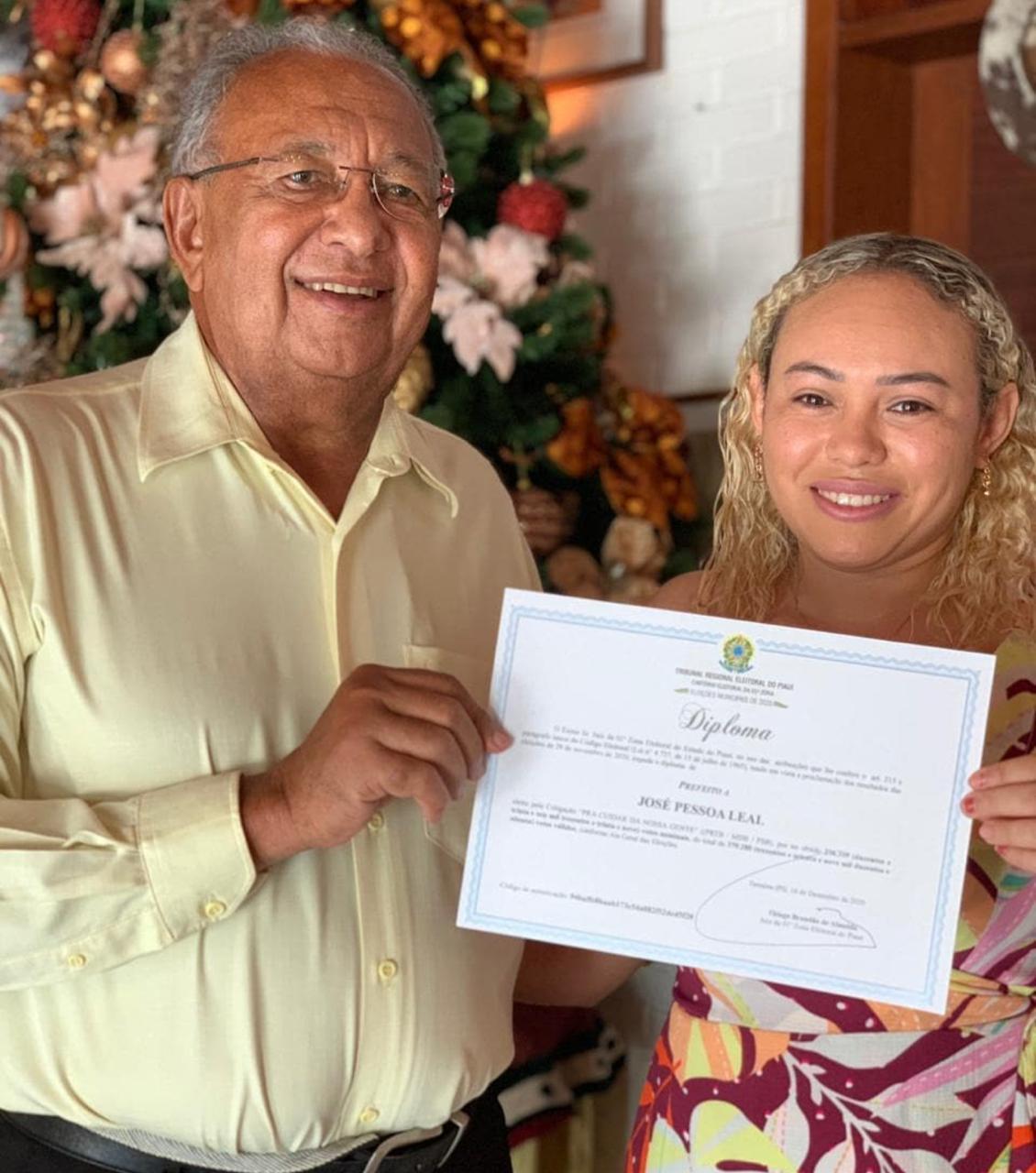 Prefeito Dr. Pessoa e Primeira Dama - Foto: Reprodução