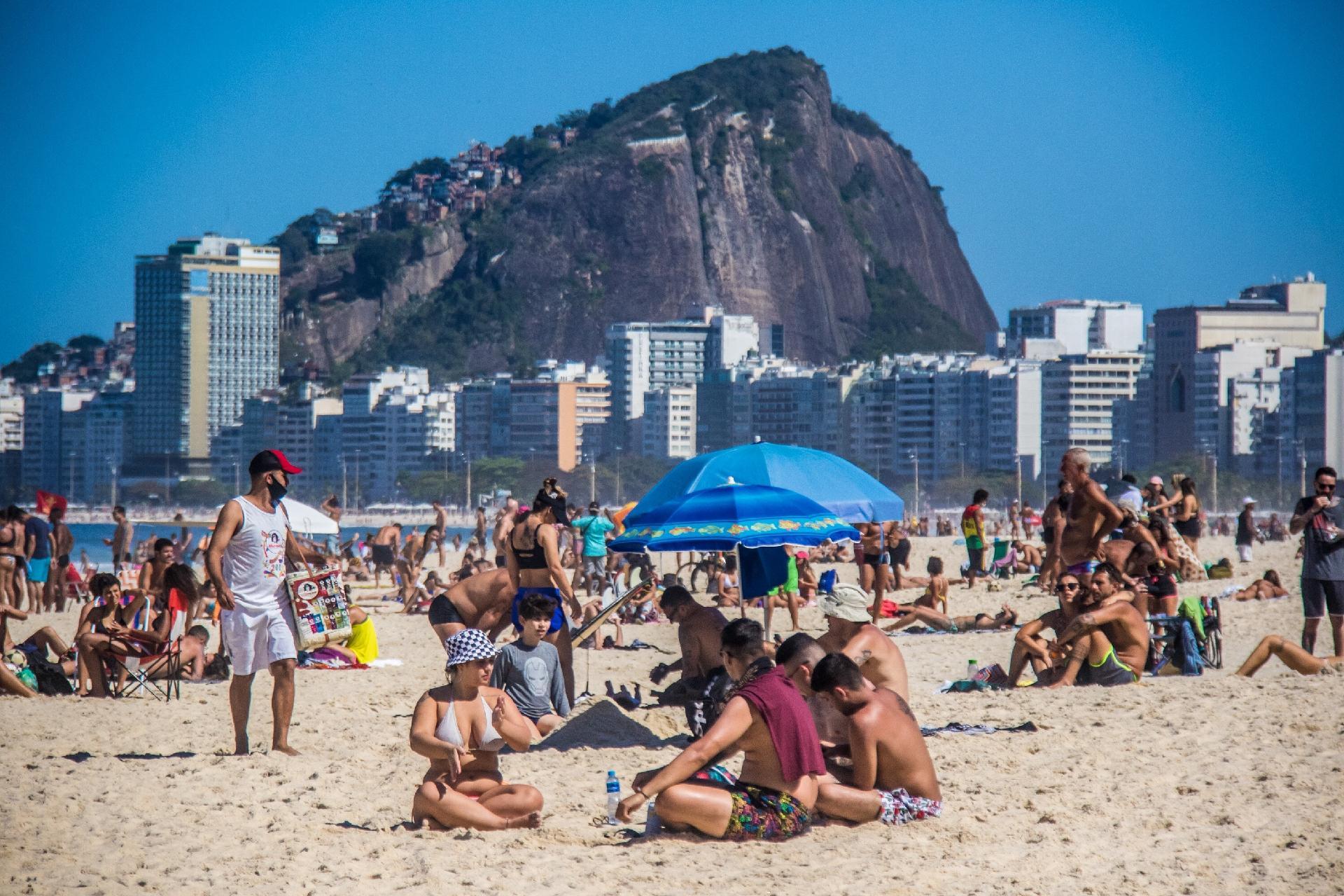 Rio proíbe ambulantes em praias
