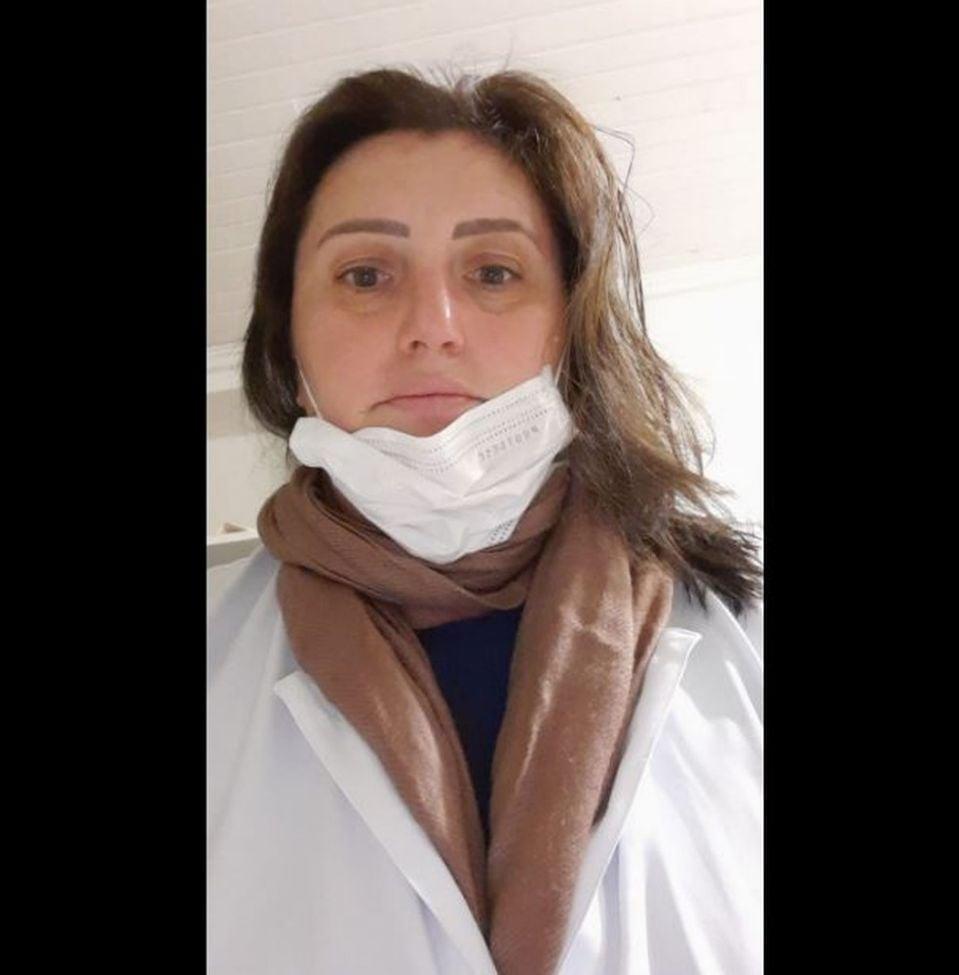 Eliandre trabalha há mais de 10 anos como técnica de enfermagem e salvou vidas pela Covid-19 em São Carlos, mas perdeu a sua sem um leito de UTI — Foto: Redes Sociais/Divulgação