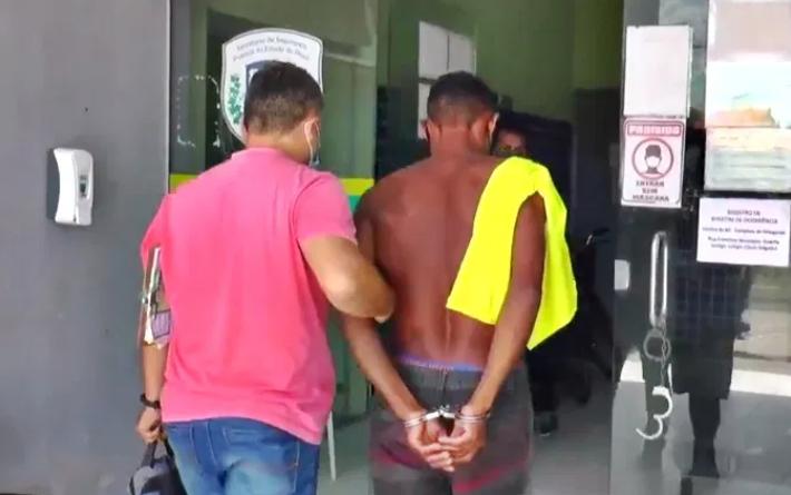 Sidney Alves foi levado para delegacia de Parnaíba