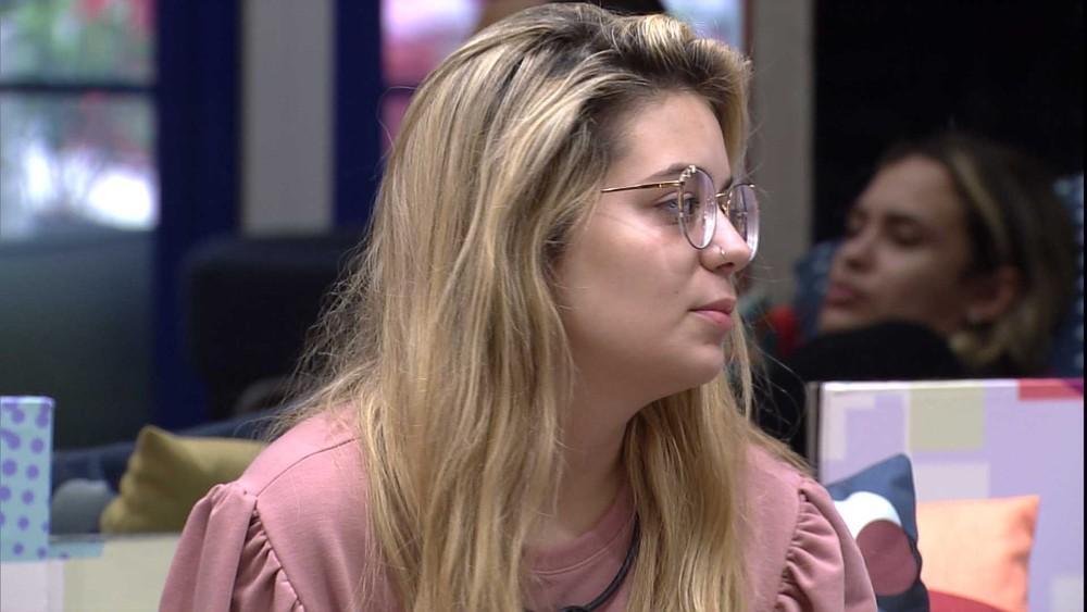 "Viih Tube fala sobre sister para Juliette: ""Eles nem namoram, eu já falei isso para ela"" — Foto: Minuto a Minuto - BBB"