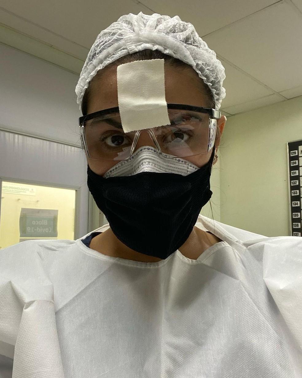 Médica Sabrina Forte atua na linha de frente desde março de 2020 (foto: redes sociais)