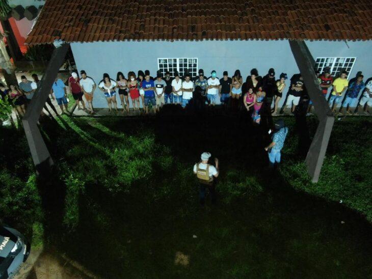 PM encerra festa clandestina e prende responsáveis em Teresina - Imagem 1
