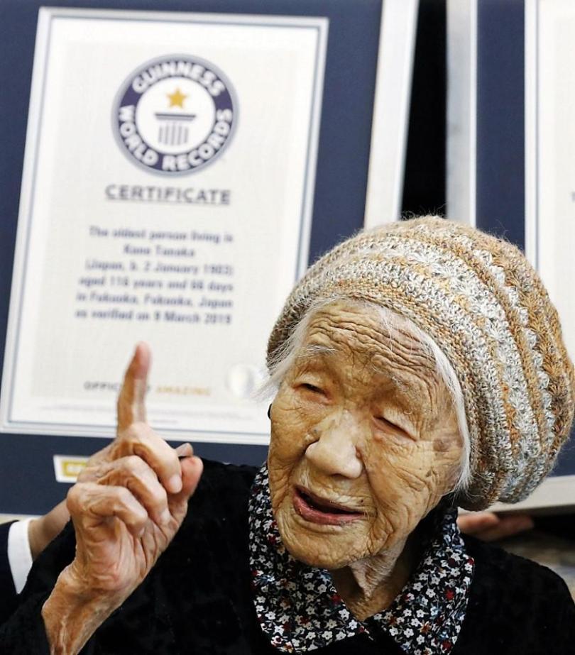 Kane Tanaka é a mulher mais velha do mundo segundo Guiness Book- (Reprodução/Twitter Kane Tanaka)