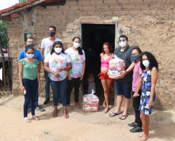 Prefeitura de Agricolândia distribui 100 cestas básicas para famílias carentes - Foto: Divulgação