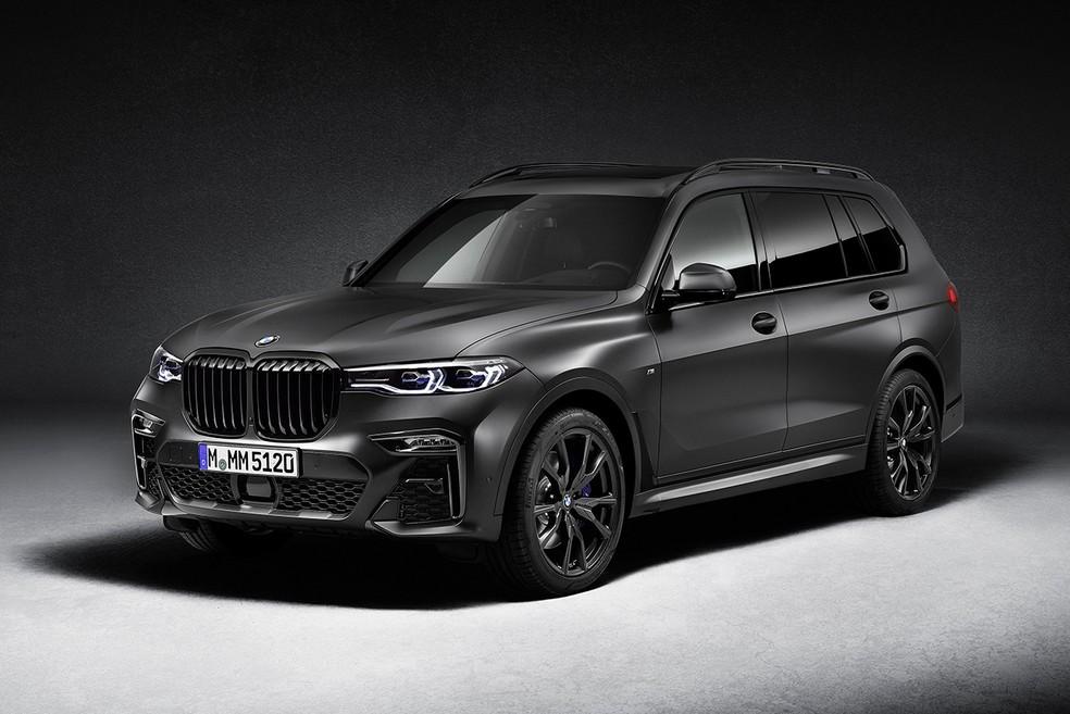Versão limitada do modelo X7 da BMW, de R$ 1,09 milhão, cujas cinco unidades disponíveis no Brasil esgotaram em uma semana na pré-venda — Foto: Divulgação