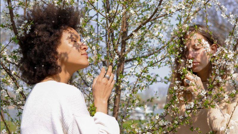 Testes de olfato ainda são raros (Foto: Getty Images)