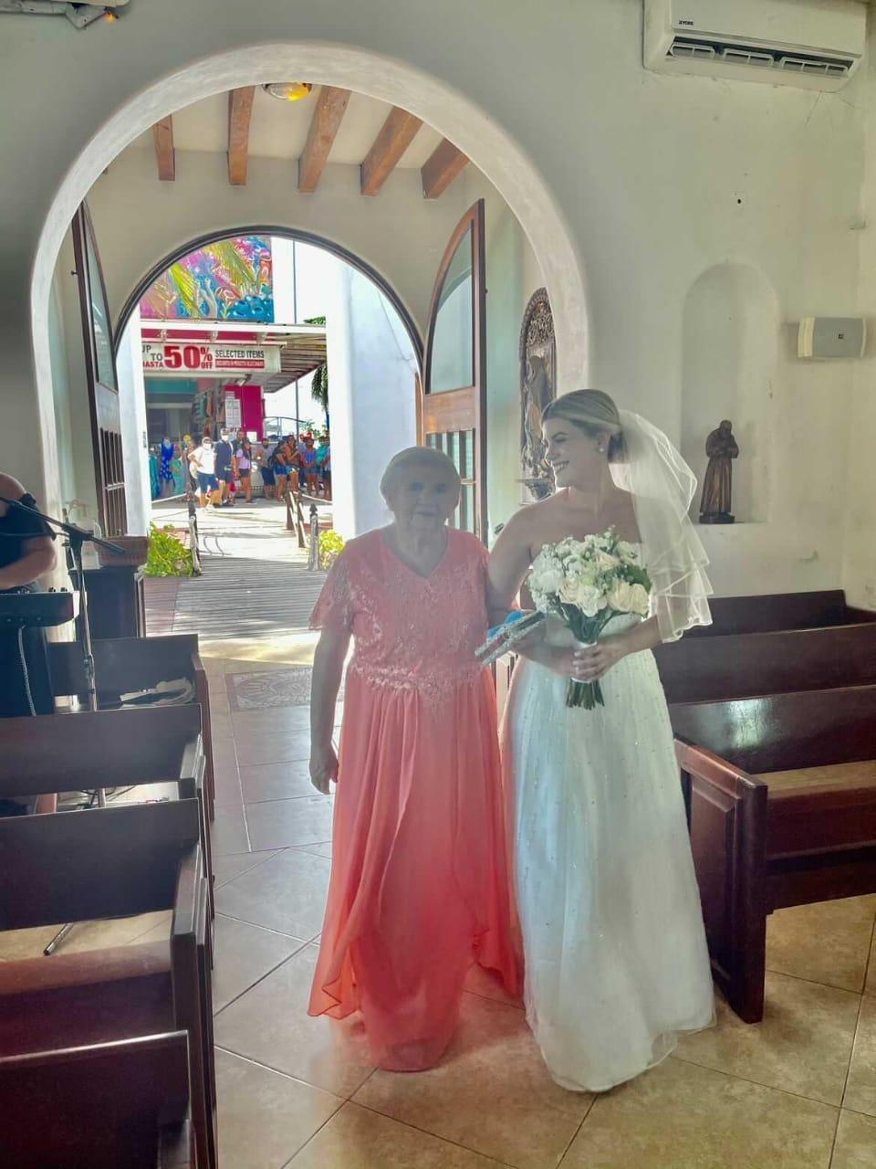 Bayawensee está casado con una mexicana a quien conoció durante el Mundial de 2014