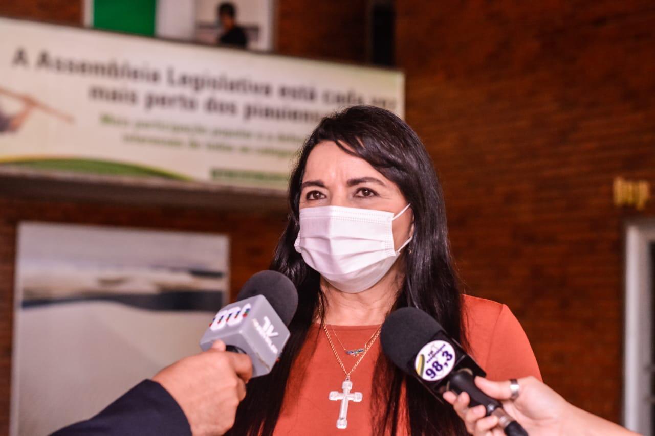 Deputada propôs lei para garantir afastamento remunerado de vítima de violência doméstica
