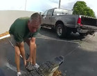 Homem encontra crocodilo de 3 metros escondido debaixo do carro