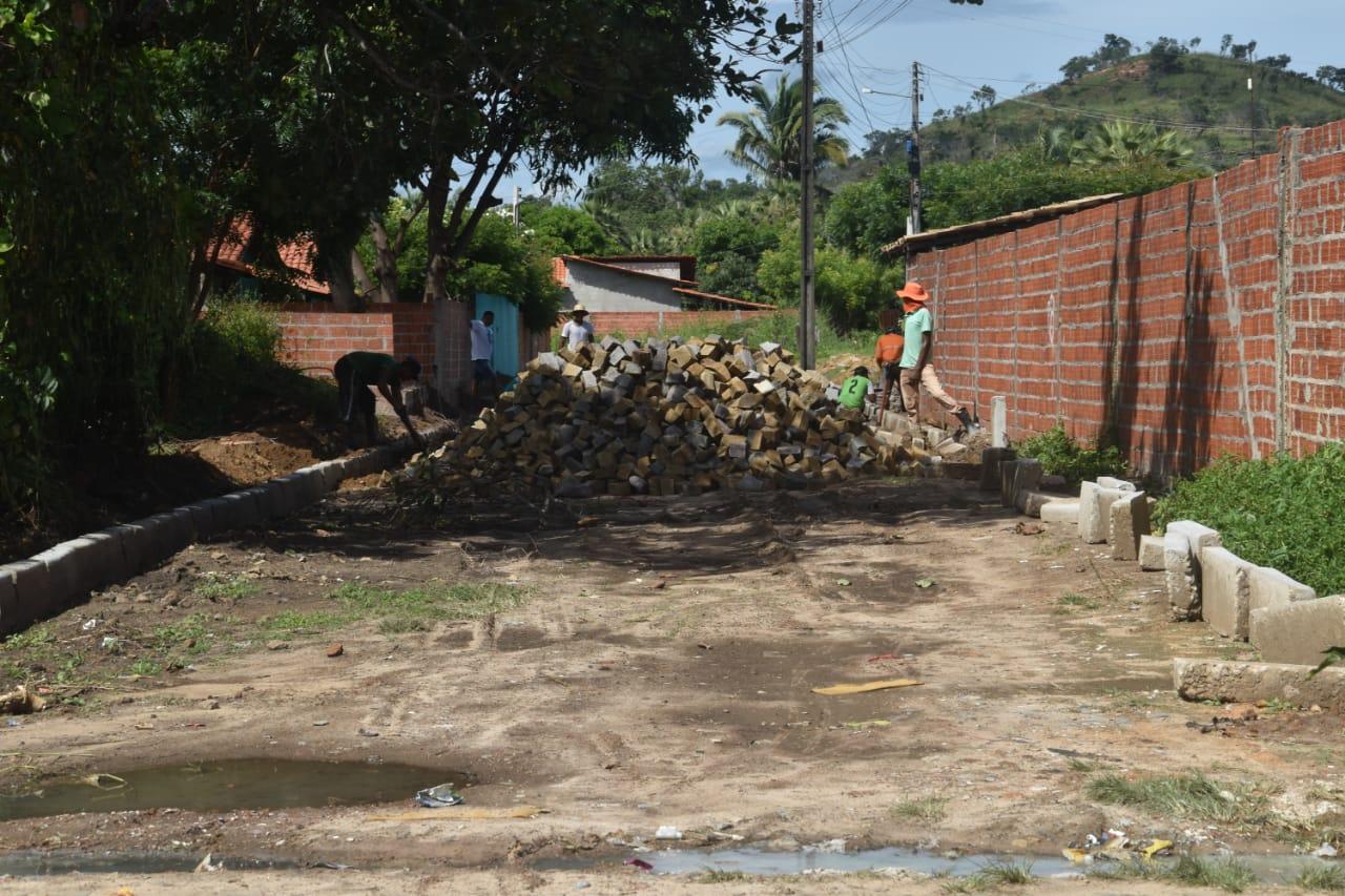 Obras em Monsenhor Gil parceria legislativo com executivo - Imagem 9