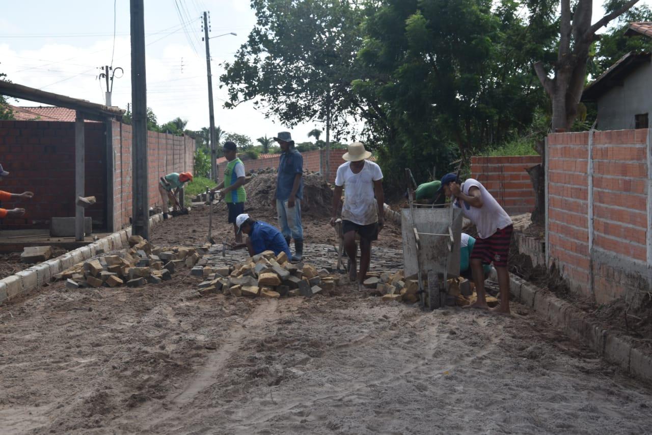 Obras em Monsenhor Gil parceria legislativo com executivo - Imagem 3