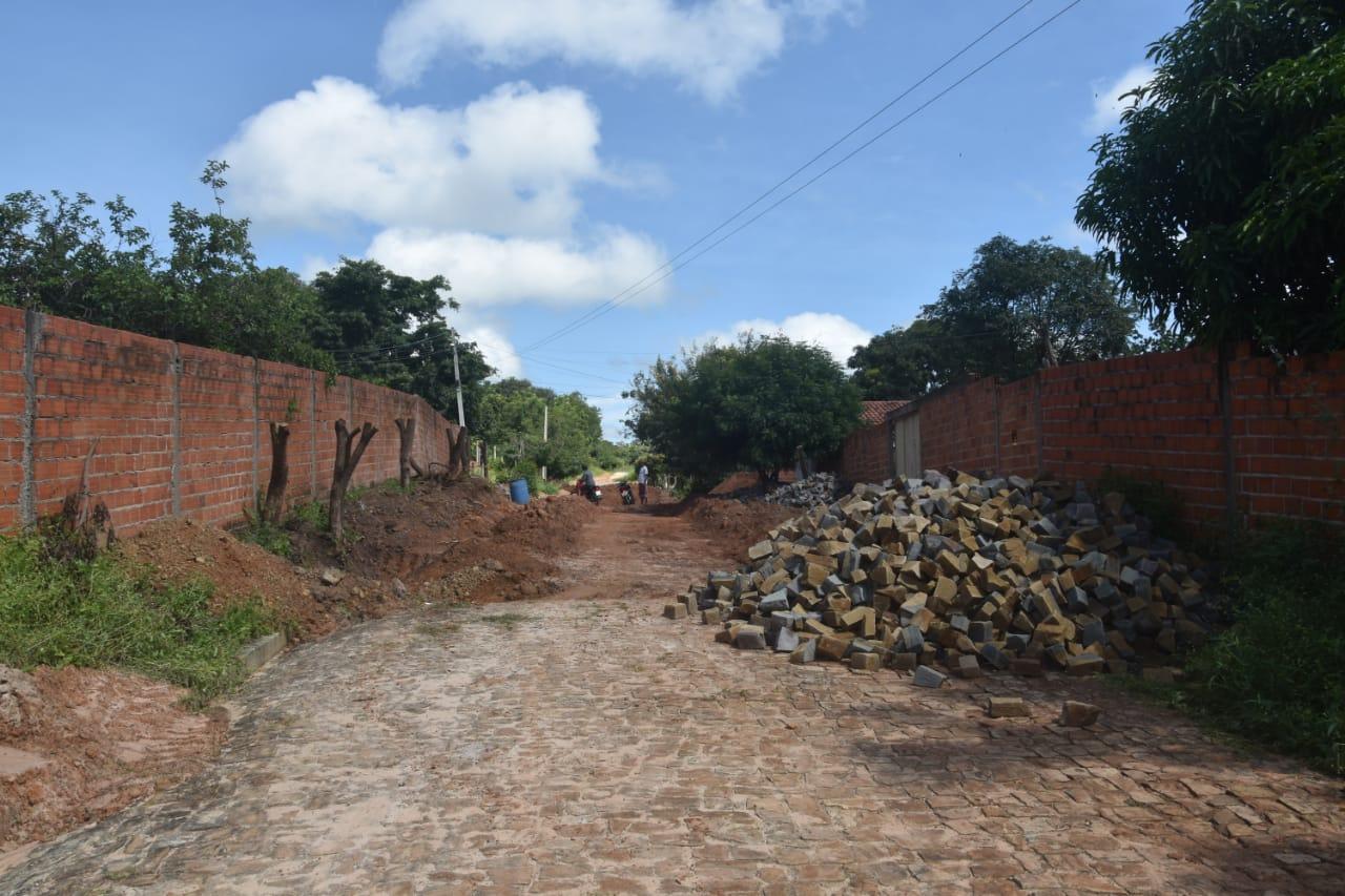 Obras em Monsenhor Gil parceria legislativo com executivo - Imagem 12