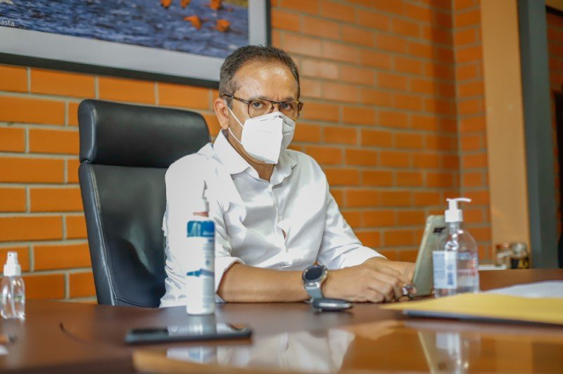 Dr Hélio propõe pensão a crianças e adolescentes que perderam os pais para a Covid-19 (Foto: Alepi)