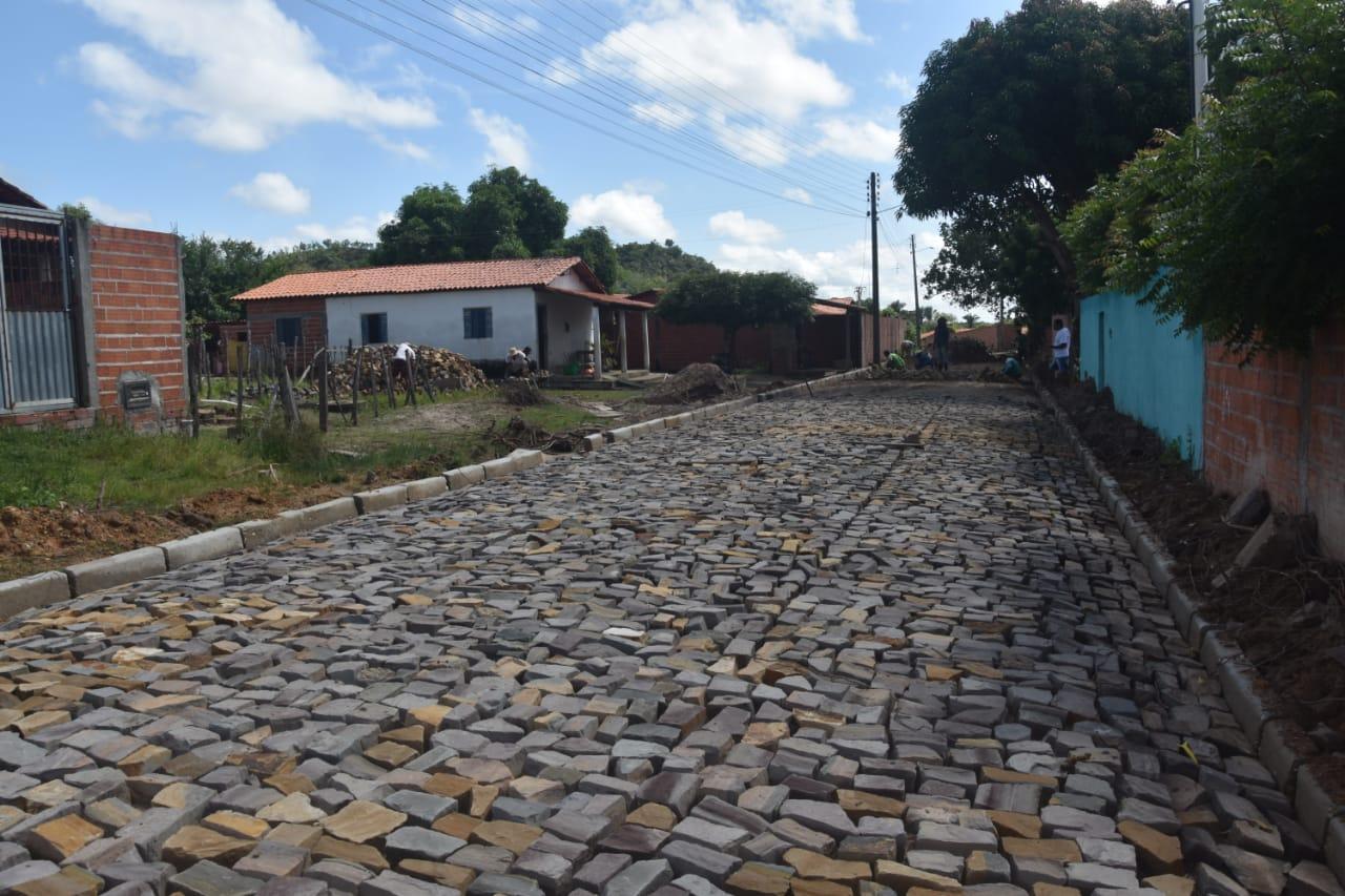 Obras em Monsenhor Gil parceria legislativo com executivo - Imagem 13
