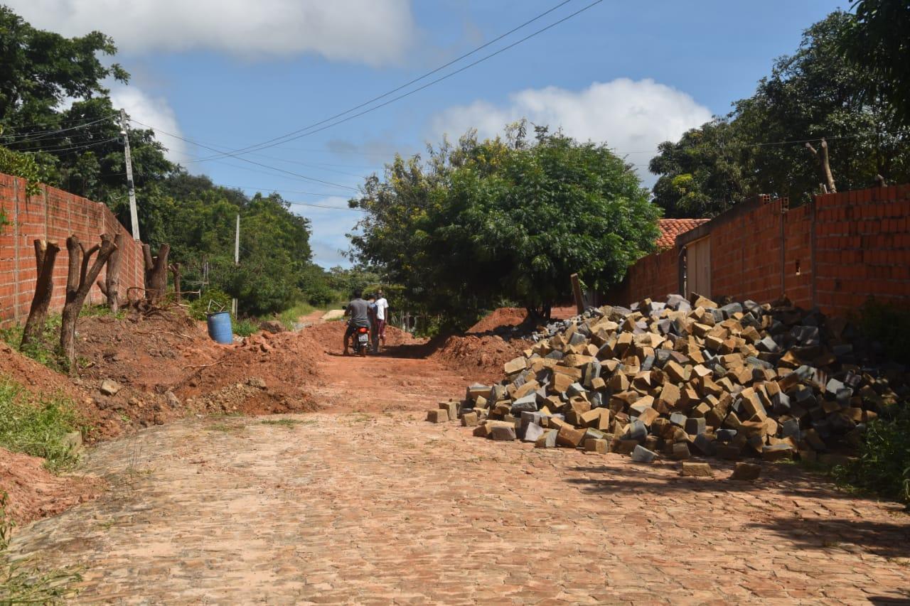Obras em Monsenhor Gil parceria legislativo com executivo - Imagem 11