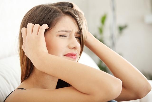 Dor no couro cabeludo pode estar relacionado a depressão/reprodução internet